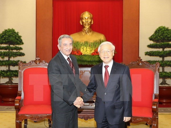 Party chief lauds visit by Cuban Party official hinh anh 1
