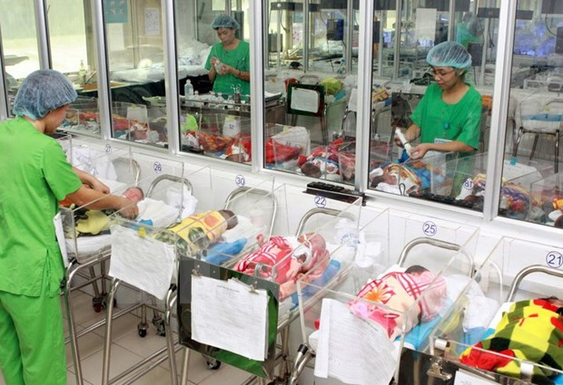 Unbalanced sex ratio at birth raises alarm in Vietnam hinh anh 1
