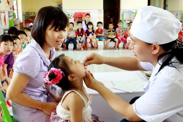 Vitamin A for kids, mothers on Micronutrient Day hinh anh 1