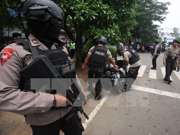 Indonesia confirms two suicide bombers' identity hinh anh 1