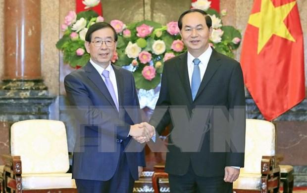 President receives Special Envoy of RoK President hinh anh 1