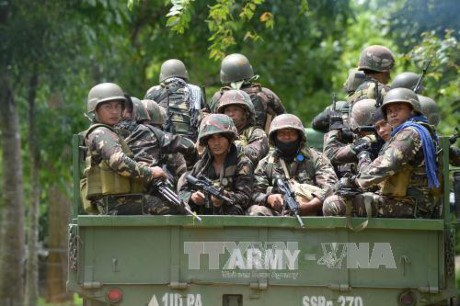 Philippine President urges IS-linked rebels to hold dialogue hinh anh 1