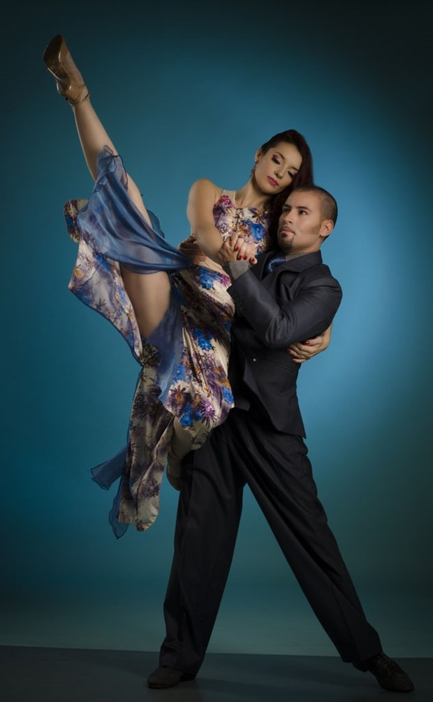 Argentina duo to perform tango by Hoan Kiem Lake hinh anh 1