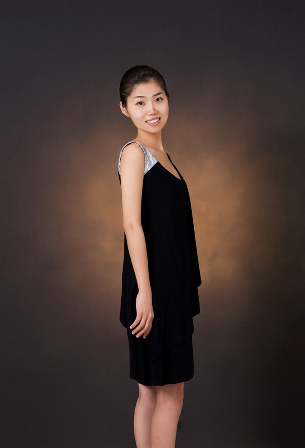 Foreign soloists take stage hinh anh 1