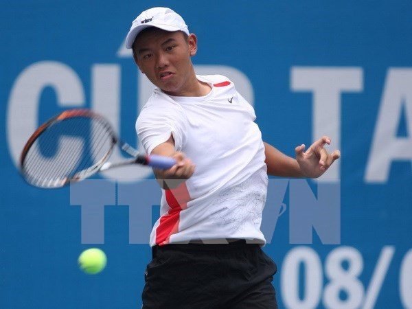 VN's tennis star loses in Singapore F1's semis hinh anh 1