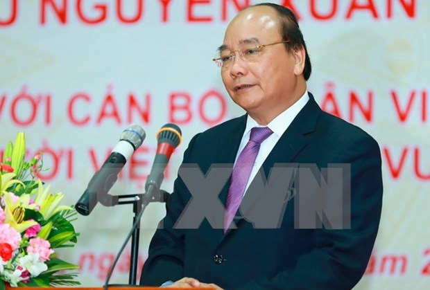 Prime Minister Nguyen Xuan Phuc leaves for official visit to US hinh anh 1