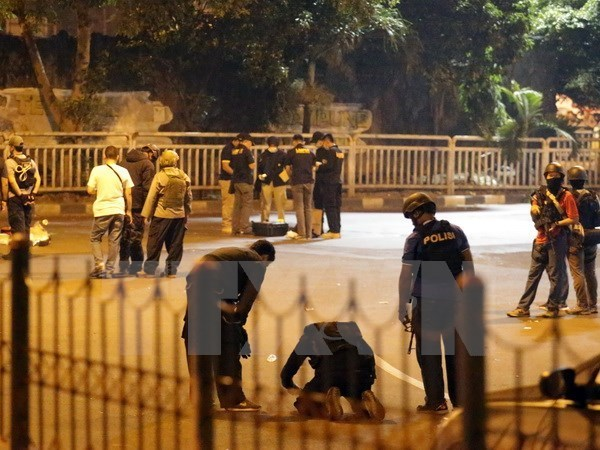 Indonesian police arrests 3 suspects of Jakarta bombing hinh anh 1