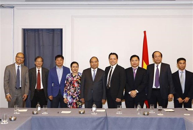 PM meets Vietnamese delegation to UN, Vietnamese businesses hinh anh 1