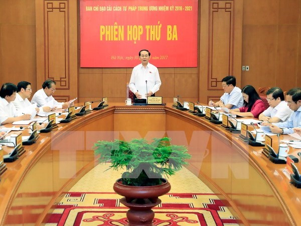 Judicial reform committee reviews operation hinh anh 1