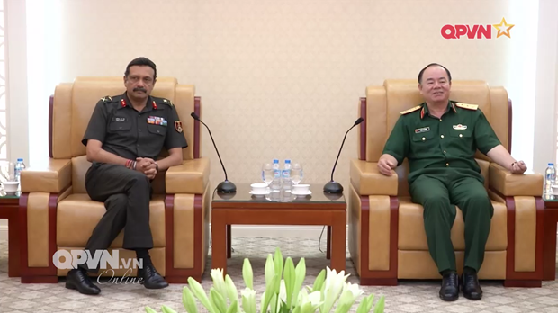 Vietnam wants closer defence training cooperation with India hinh anh 1
