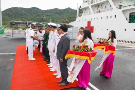 Vietnam, US enhance comprehensive partnership hinh anh 1
