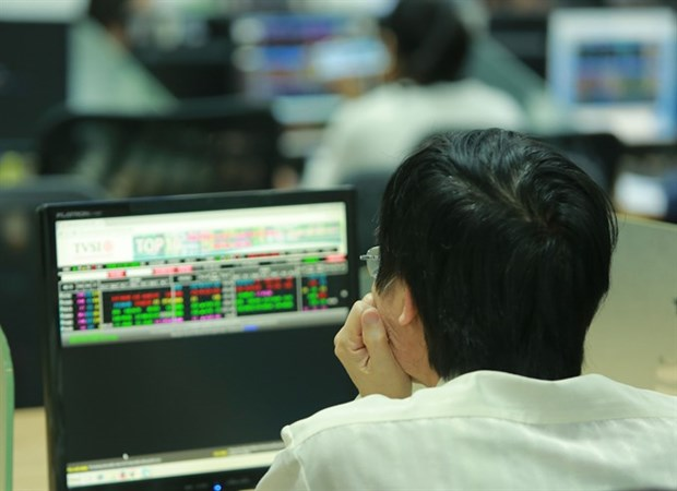 Stocks sink after last week's rally hinh anh 1