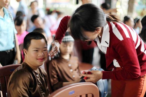 Festival for children with disabilities held in HCM City hinh anh 1