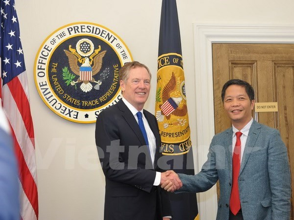 Vietnam, US hold trade meeting in Washington hinh anh 1