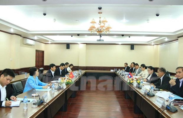 Vietnam, Laos hold second political consultation hinh anh 1