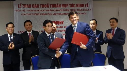 PetroVietnam joins hands with US's GE in gas-fired power plants hinh anh 1