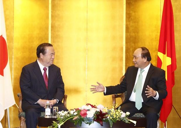 PM wants stronger ties between localities of Vietnam, Japan hinh anh 1
