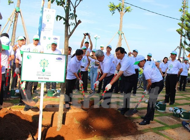 Dialogue discusses environmental protection measures hinh anh 1