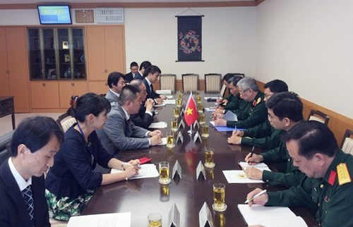 Vietnam, Japan defence cooperation to grow further hinh anh 1