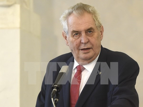 Czech President starts State visit to Vietnam hinh anh 1