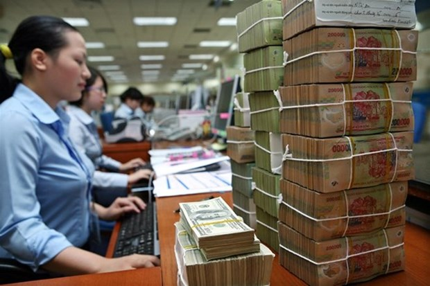 Reference exchange rate down by 2 VND hinh anh 1