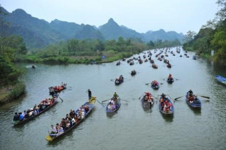 Vietnam explores cultural-religious heritage tourism hinh anh 2