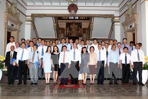 HCM City vows to support diplomats in promoting foreign relations hinh anh 1
