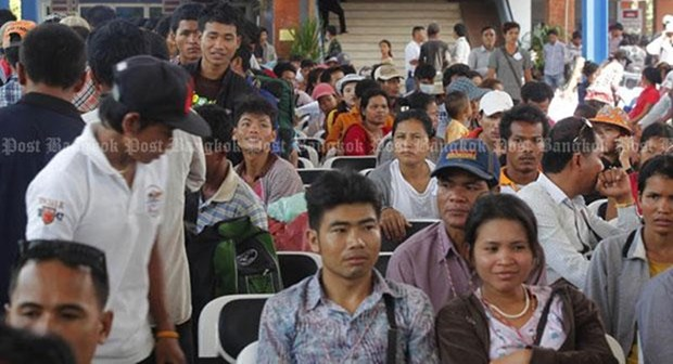 Thailand to apply new migrant worker law hinh anh 1