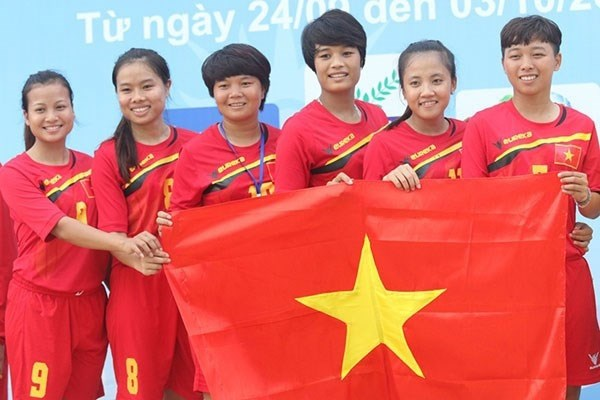 Shuttle-cock team to defend world No 1 title hinh anh 1