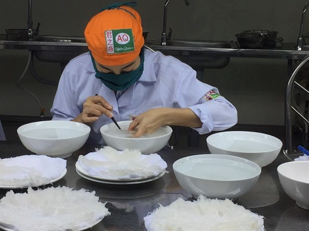 Building a brand for Vietnam bird nest hinh anh 1