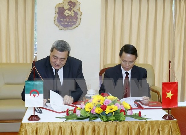 Vietnam News Agency increases cooperation with Algeria Press Service hinh anh 1