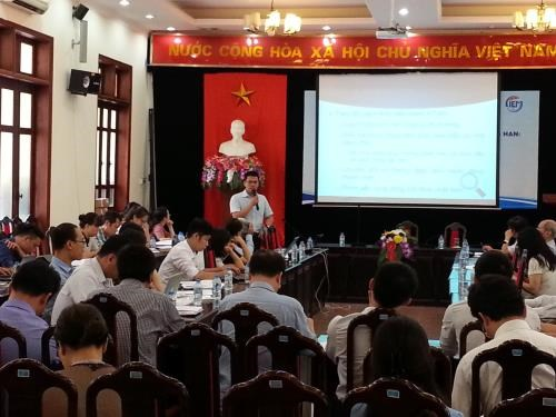 Ways to ensure sustainable economic growth in mid term sought hinh anh 1