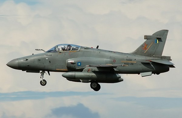 Malaysia air force plane goes missing hinh anh 1