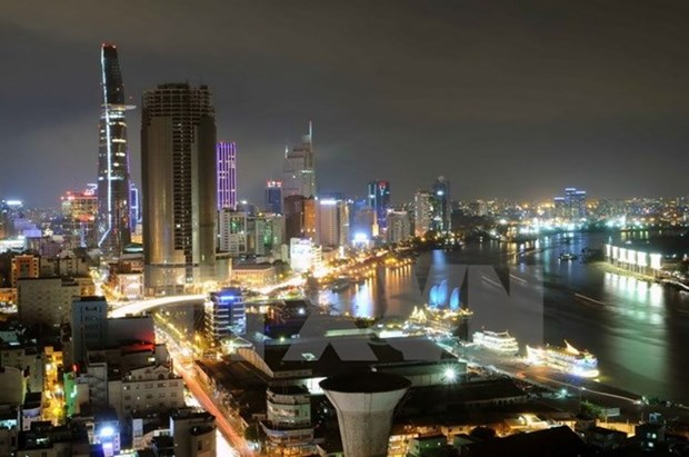 Ho Chi Minh City's economy grows 7.76 percent in six months hinh anh 1
