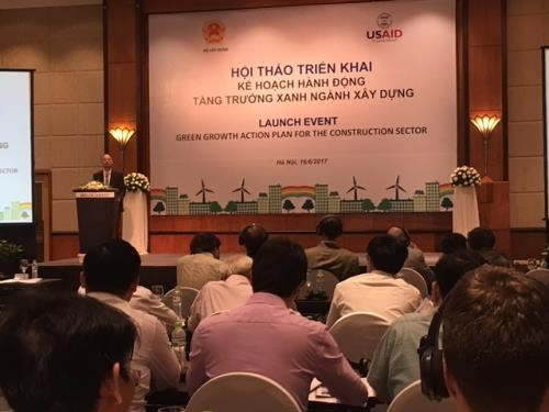 Workshop discusses action plan for green growth in building sector hinh anh 1