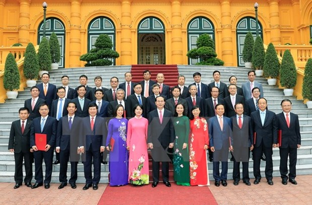 President meets chiefs of Vietnamese representative offices abroad hinh anh 1