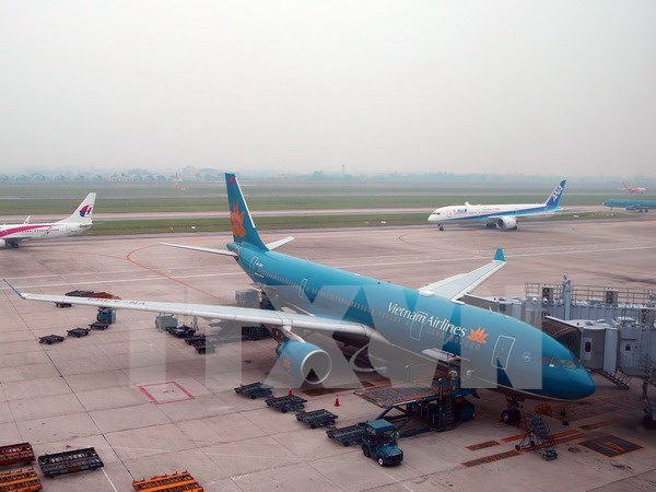Vietnam Airlines completes 2016 business plan hinh anh 1