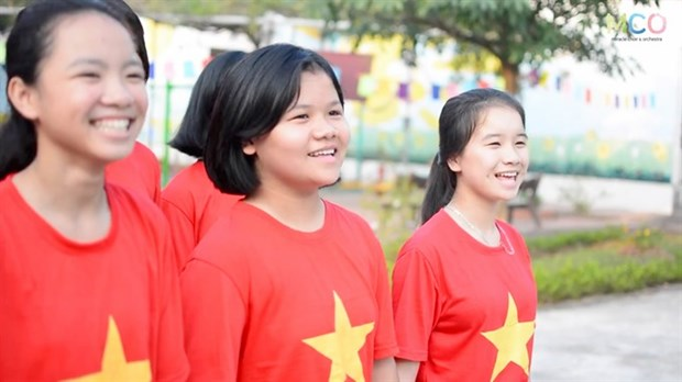 Vietnam's choir features in Human Kind single hinh anh 1