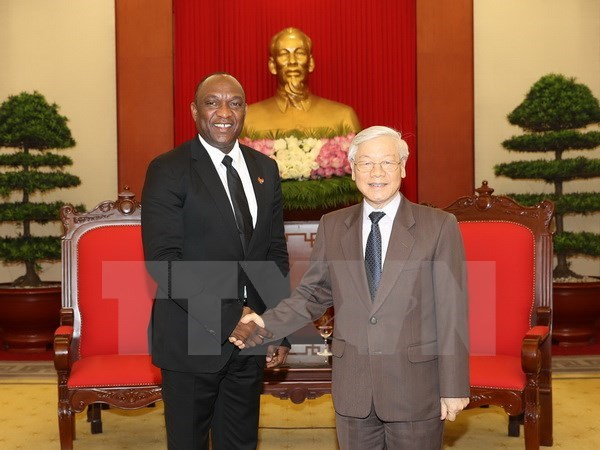 Party chief Nguyen Phu Trong welcomes Haitian Senate President hinh anh 1