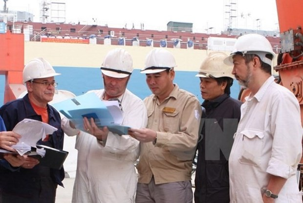 Number of foreign workers in Vietnam on the rise hinh anh 1
