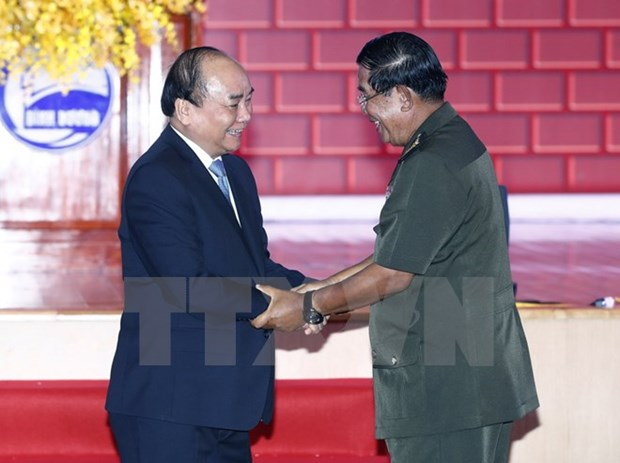 Cambodian PM thanks Vietnam for help in ending Pol Pot regime hinh anh 1