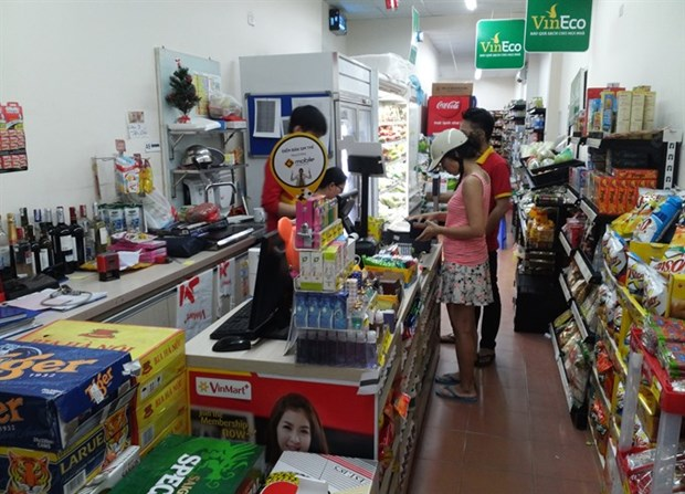 Consumers fear surging prices as salaries increase hinh anh 1