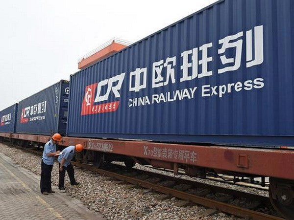 China extends highway cargo link to Southeast Asia hinh anh 1