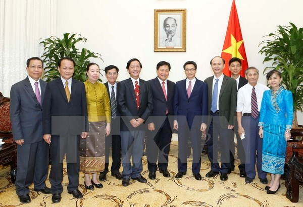 Vietnam, Laos enhance medical cooperation hinh anh 1