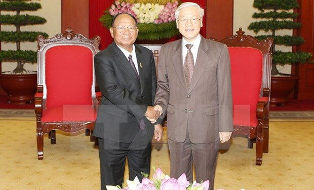 Party head lauds Cambodian NA President's visit hinh anh 1
