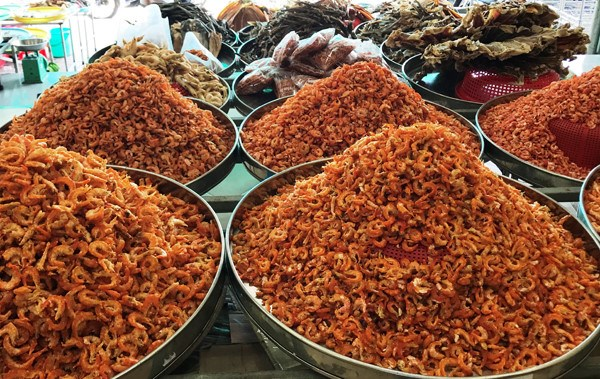 Ca Mau dried shrimp listed in top 10 specialties of Vietnam hinh anh 1