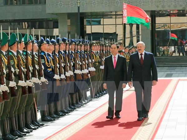 Vietnam, Belarus aim for 500 million USD in two-way trade hinh anh 1