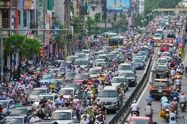 High-rises cause traffic chaos in Hanoi hinh anh 1