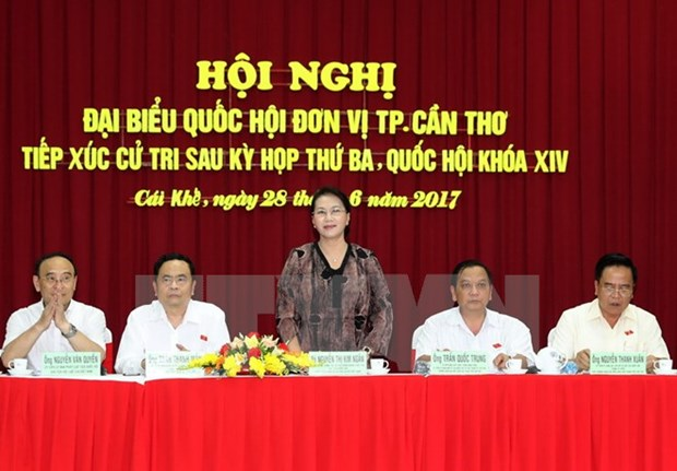 NA Chairwoman meets Can Tho voters hinh anh 1