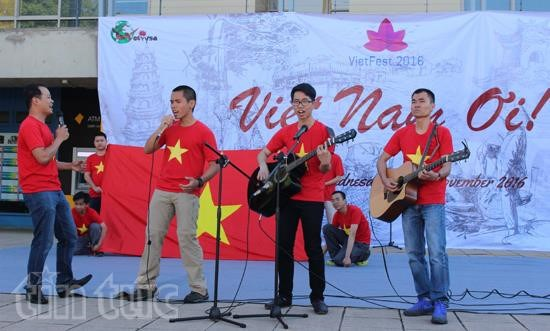 Vietnamese among top four spoken languages in Australia hinh anh 1